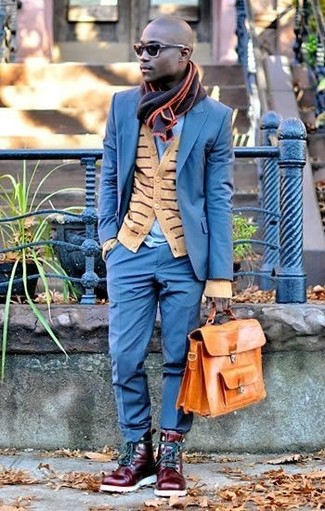How to wear: burgundy leather casual boots, light blue crew-neck t-shirt, tan horizontal striped cardigan, blue suit