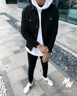 How to wear: black skinny jeans, black crew-neck t-shirt, white hoodie, black denim jacket