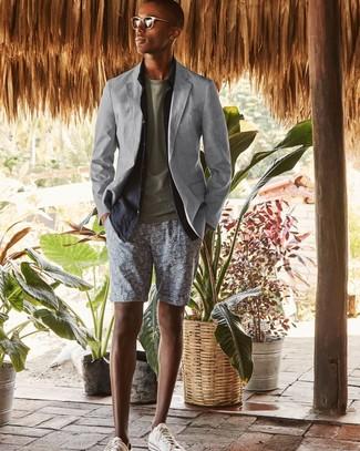 How to wear: grey print shorts, olive crew-neck t-shirt, navy linen long sleeve shirt, grey blazer