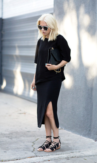 Consider wearing a black crew-neck tee and sunglasses for an easy to wear look. Complement this ensemble with black suede gladiator sandals. If you're trying to figure out a summer-friendly ensemble, this one is a nice idea.
