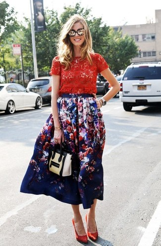 How to wear: red lace crew-neck t-shirt, navy floral midi skirt, red satin pumps, beige leather satchel bag