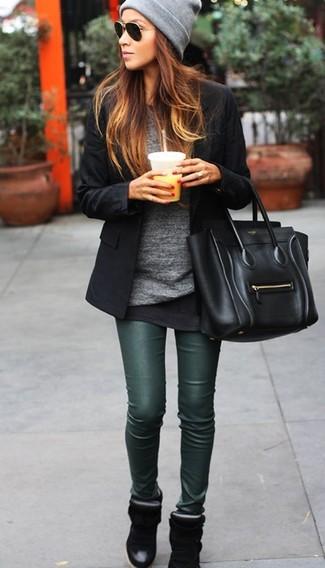 How to wear: dark green leather leggings, black crew-neck t-shirt, grey v-neck sweater, black blazer