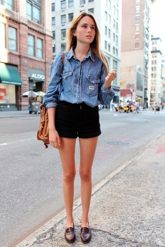 How to wear: tan leather bucket bag, dark brown leather loafers, black denim shorts, blue denim shirt