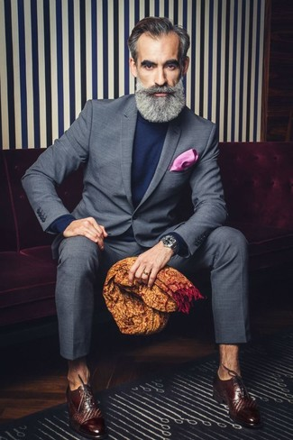 How to Wear a Hot Pink Pocket Square: Rock a grey check suit with a hot pink pocket square for both on-trend and easy-to-achieve ensemble. Complement your getup with a pair of dark brown leather oxford shoes to completely jazz up the outfit.