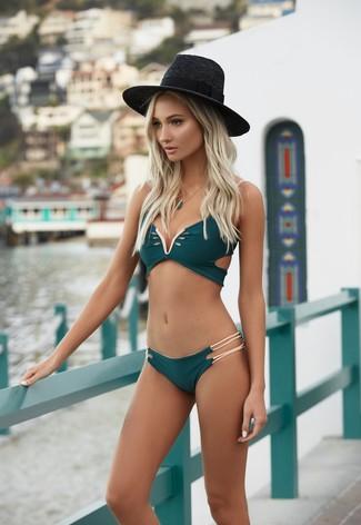 How to wear: dark green bikini top, dark green bikini pant, black straw hat, dark green pendant