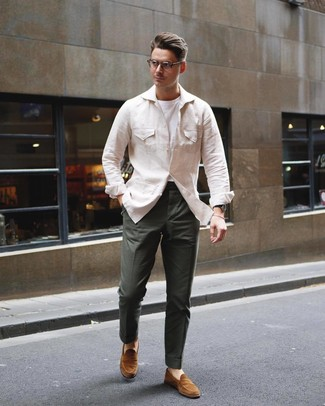 How to wear: tobacco suede loafers, dark green chinos, white crew-neck t-shirt, beige linen field jacket