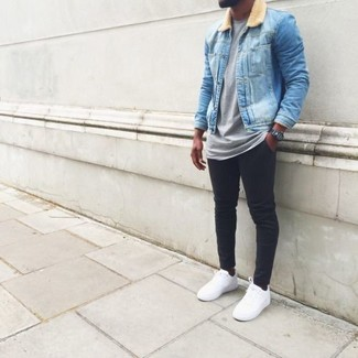 e9addcd49a8e How To Wear Black Skinny Jeans With White Low Top Sneakers In Summer ...