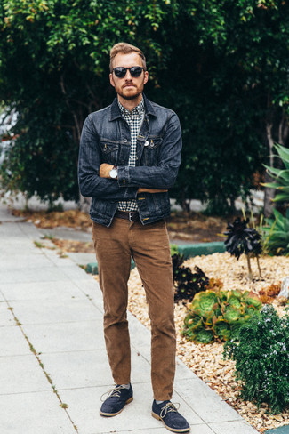 How to wear: navy denim jacket, navy and white gingham long sleeve shirt, brown corduroy jeans, navy suede desert boots