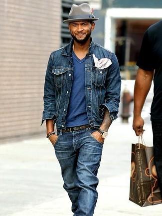 How to wear: navy denim jacket, blue v-neck t-shirt, navy jeans, grey wool hat