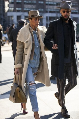 How to wear: light blue ripped boyfriend jeans, light blue denim shirt, tan leather bomber jacket, tan shearling coat