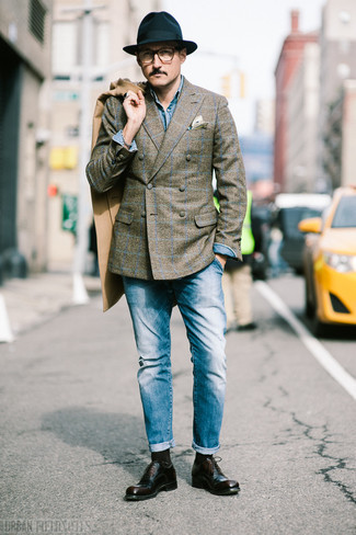 How to Wear a Black Wool Hat For Men: Opt for a camel overcoat and a black wool hat for a street style and stylish ensemble. If you want to instantly level up your getup with one single piece, why not introduce dark brown leather oxford shoes to the equation?