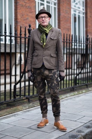 How to wear: dark brown wool hat, tobacco suede derby shoes, olive camouflage cargo pants, olive wool blazer