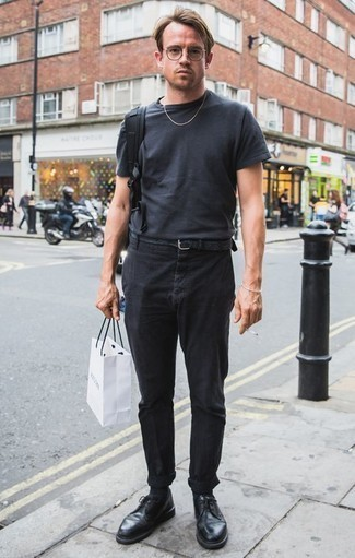 How to Wear Black Leather Derby Shoes: If you're after a laid-back and at the same time on-trend ensemble, consider teaming a charcoal crew-neck t-shirt with black chinos. Infuse an extra touch of refinement into your outfit by rocking black leather derby shoes.
