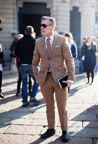 How to wear: brown wool tie, black leather derby shoes, white dress shirt, brown wool suit