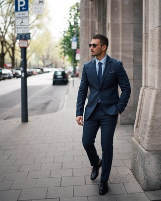 How to wear: navy polka dot tie, black leather derby shoes, light blue dress shirt, navy wool suit