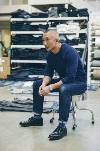 How to Wear Navy and White Polka Dot Socks For Men: For a casually dapper getup, try teaming a navy sweatshirt with navy and white polka dot socks — these items fit brilliantly together. A pair of black leather derby shoes will put a different spin on your getup.