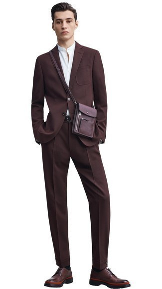 How to Wear Black Socks For Men: For stylish menswear style without the need to sacrifice on practicality, we turn to this pairing of a dark brown suit and black socks. Feeling adventerous today? Shake things up by wearing dark brown leather derby shoes.