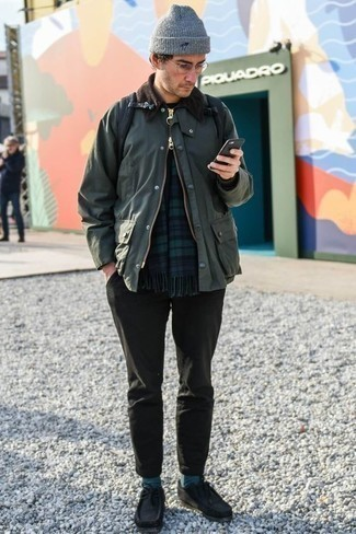 How to Wear a Dark Green Barn Jacket: For an outfit that's super straightforward but can be styled in a variety of different ways, make a dark green barn jacket and charcoal chinos your outfit choice. We're loving how this whole ensemble comes together thanks to black suede desert boots.