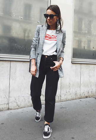 How to wear: grey check double breasted blazer, white and red print crew-neck t-shirt, black boyfriend jeans, black low top sneakers