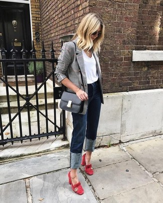 How to wear: grey plaid double breasted blazer, white crew-neck t-shirt, navy jeans, red suede pumps