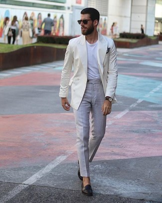 How to wear: black leather loafers, grey dress pants, white crew-neck t-shirt, beige double breasted blazer