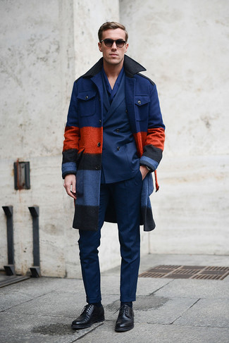 How to wear: black leather derby shoes, navy dress pants, navy double breasted blazer, navy overcoat