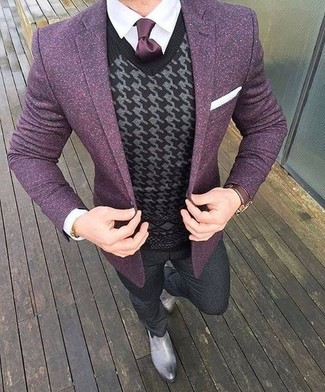 How to Wear a Dark Purple Wool Blazer For Men: A dark purple wool blazer looks so refined when combined with charcoal wool dress pants for an ensemble worthy of a stylish dandy. Add a mellow feel to by finishing off with grey leather chelsea boots.