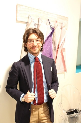 How to wear: burgundy knit tie, khaki dress pants, light blue gingham dress shirt, black blazer
