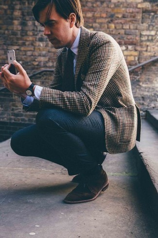 How to Wear a Dress Shirt For Men: A dress shirt and charcoal wool dress pants are a savvy combination that will earn you a great deal of attention. Clueless about how to finish off? Complete this outfit with a pair of dark brown suede desert boots for a more casual spin.
