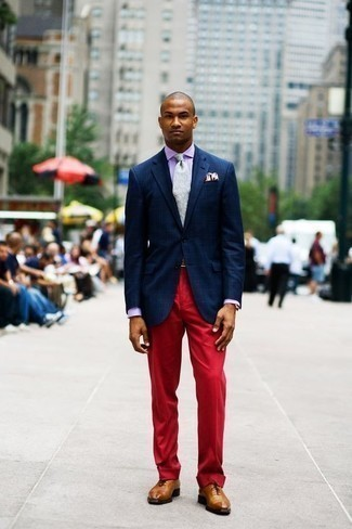 How to Wear a Light Violet Dress Shirt For Men: This combination of a light violet dress shirt and red dress pants exudes class and sophistication. A pair of tobacco leather oxford shoes will pull the whole thing together.