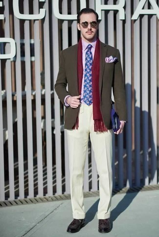 How to Wear a Blue Paisley Tie For Men: This sophisticated combo of an olive blazer and a blue paisley tie is a popular choice among the sartorially superior men. Introduce dark purple leather derby shoes to the equation and ta-da: this getup is complete.