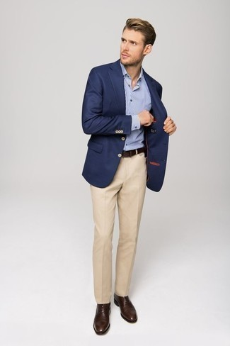 How to Wear Dark Brown Leather Oxford Shoes: Combining a navy blazer with beige dress pants is an amazing idea for a dapper and classy ensemble. When not sure as to the footwear, stick to dark brown leather oxford shoes.