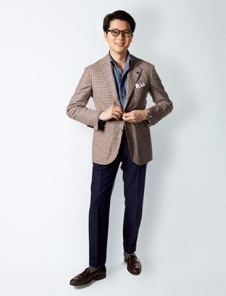 How to Wear Grey Socks For Men: The mix-and-match capabilities of a brown check blazer and grey socks ensure you'll always have them on constant rotation in your menswear collection. To give your ensemble a more polished vibe, why not add a pair of dark brown leather loafers to the mix?