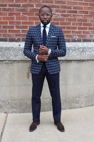 How to Wear a Navy Check Blazer For Men: A navy check blazer and navy dress pants are among the fundamental elements of any solid wardrobe. Dark brown suede desert boots are a fail-safe way to add an air of stylish effortlessness to your ensemble.