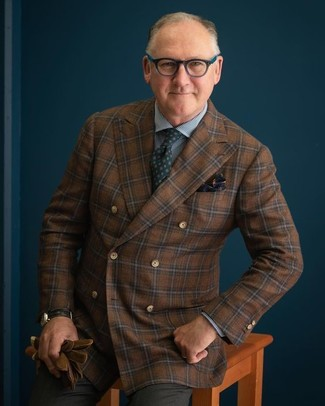 How to wear: dark green print tie, charcoal dress pants, blue gingham dress shirt, brown check wool double breasted blazer