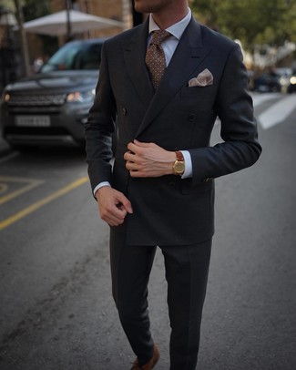 How to Wear a Beige Print Pocket Square: For something on the casual and cool side, consider this pairing of a charcoal double breasted blazer and a beige print pocket square. Take this look down a more sophisticated path with brown leather oxford shoes.