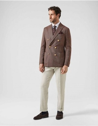 How to Wear Dark Brown Suede Tassel Loafers: A brown double breasted blazer and beige dress pants are an incredibly sharp combination to try. And if you wish to easily dress down this look with footwear, introduce dark brown suede tassel loafers to this ensemble.