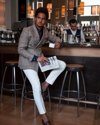 How to Wear a Navy Dress Shirt For Men: To look nice and sharp, make a navy dress shirt and white dress pants your outfit choice. Want to dial it down in the footwear department? Throw brown leather loafers in the mix for the day.