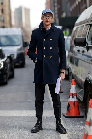 How to Wear a Navy Overcoat: Swing into something sophisticated and timeless in a navy overcoat and black dress pants. Feeling venturesome today? Spice things up by rounding off with black leather brogue boots.