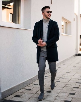 How to Wear a Grey Turtleneck For Men: This classic and casual pairing of a grey turtleneck and grey plaid dress pants is capable of taking on different forms according to the way it's styled. We adore how this whole look comes together thanks to a pair of grey suede chelsea boots.