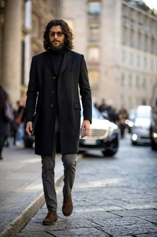 Men's Looks & Outfits: What To Wear In Warm Weather: Make a stylish statement anywhere you go by wearing a black overcoat and charcoal dress pants. Brown suede oxford shoes are a smart pick to complete your outfit.