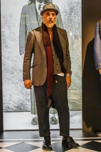 How to Wear a Brown Plaid Blazer For Men: We're loving how this combo of a brown plaid blazer and charcoal dress pants immediately makes men look dapper and polished. A pair of dark purple leather derby shoes is a nice idea to complement this look.