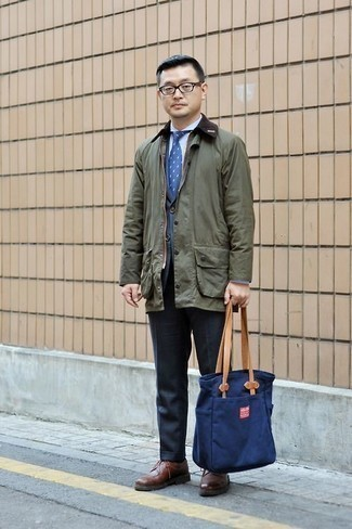 How to Wear a Blue Blazer For Men: To look like a true gentleman, consider pairing a blue blazer with navy dress pants. A pair of brown leather derby shoes finishes off this outfit quite nicely.