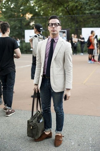 How to Wear a White Blazer For Men: This pairing of a white blazer and a white blazer is a never-failing option when you need to look dapper in a flash. If you feel like stepping it up, complement this look with brown suede double monks.