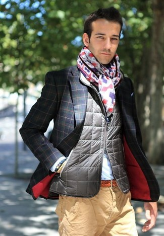 How to wear: khaki chinos, light blue dress shirt, navy and green check blazer, grey quilted gilet