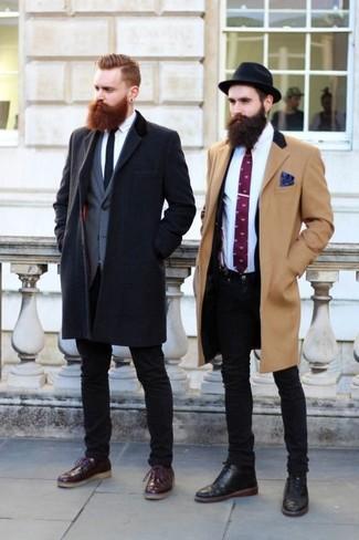 How to wear: black skinny jeans, white dress shirt, navy blazer, camel overcoat