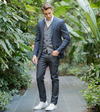How to wear: navy jeans, white dress shirt, grey cardigan, navy blazer