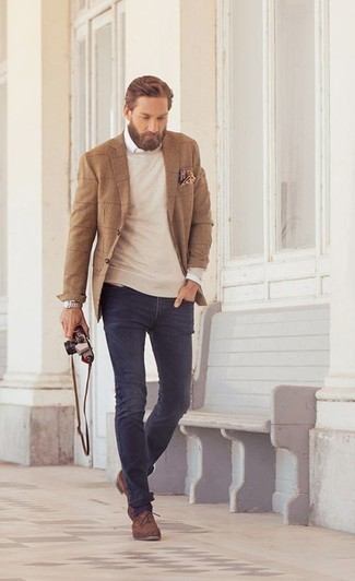 How to Wear Navy Jeans For Men: This casual combo of a tan check blazer and navy jeans is super easy to pull together without a second thought, helping you look awesome and ready for anything without spending a ton of time combing through your wardrobe. A trendy pair of brown suede oxford shoes is an effective way to give an added touch of style to your outfit.