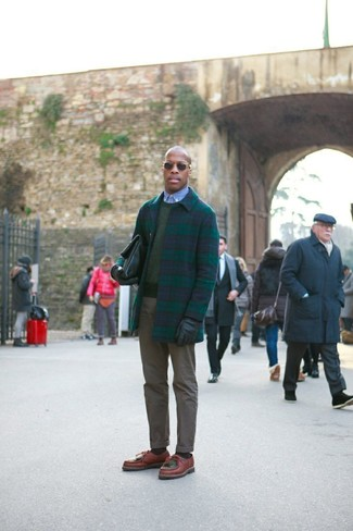 How to wear: olive chinos, light blue chambray dress shirt, olive crew-neck sweater, navy and green plaid overcoat