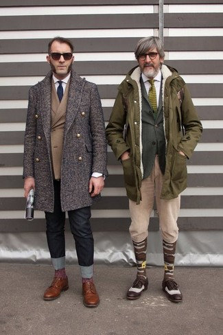 How to wear: black jeans, white dress shirt, brown double breasted blazer, dark brown overcoat